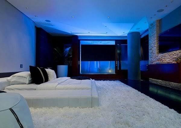 बिजनेसमैन मुकेश अंबानी के 'एंटीलिया' में बना है बर्फ़ का कमरा,जानिए क्या है  ख़ासियत - NamanBharat
